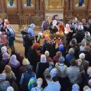 Святое причастие в храме Марии Магдалины