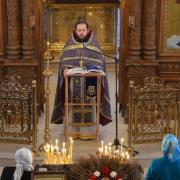 Праздничная литургия в храме Марии Магдалины